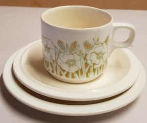 Vintage-Hornsea-Fleur-Cup-Saucer-and-Plate-c1974-79-Made-In-England-Sara-Vardy