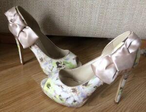 Toe Peep Bow Eu Millen 37 Ivory 5 Karen Uk Heels Satin Size 4 Floral AcwSBxWqI