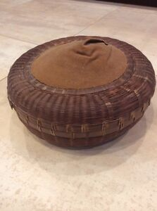 ANTIQUE CHINESE REED WICKER SEWING BASKET W/PIN CUSHION TOP