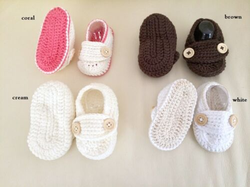 New Baby Boy Girl Crochet Handmade booties Shoes Brown White so soft 0-6 mos
