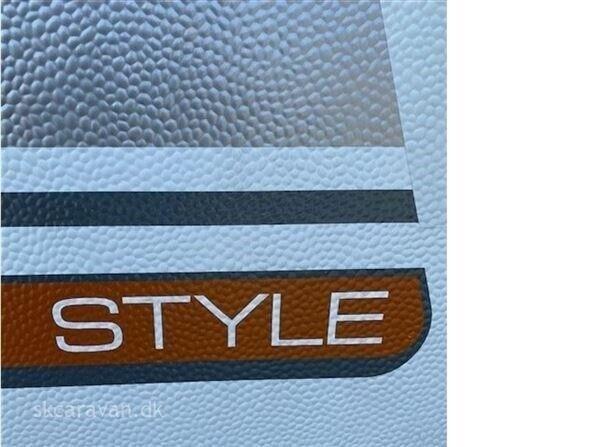 LMC Style 370 D, 2014, kg egenvægt 900