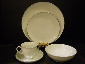 vintage dinnerware 20 pc premiere fine china invitation platinum band white 1982