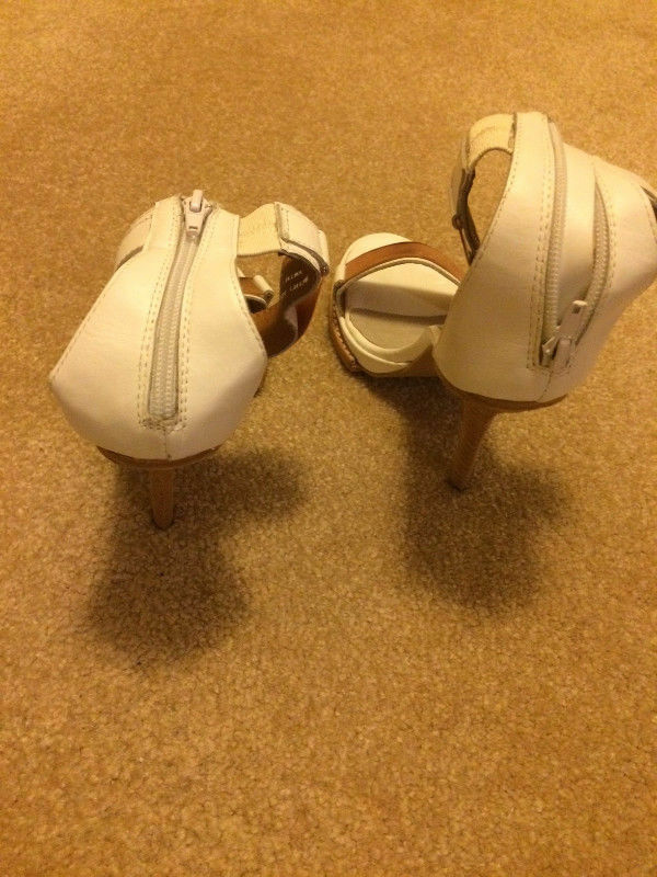 Jeffrey Jeffrey Jeffrey Campbell Strappy Heels Sandals White Pink in size 9.  50. 793cc1