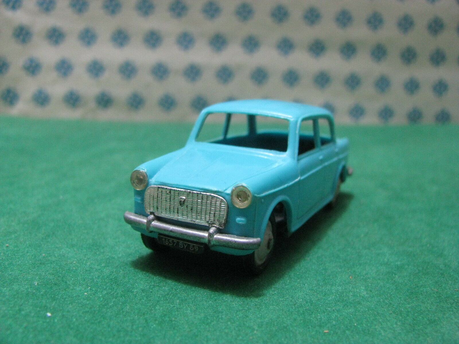 Ancien Norev N°36 - Fiat 1100 Belina A - Ech. 1 43