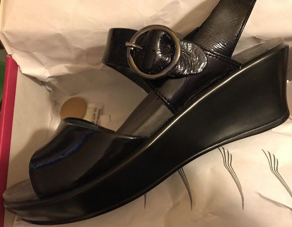 Dansko Damens 7 Crinkle Patent Adele Damens Dansko Größe 37 Leder Slingback Wedge Sandale Schuhe dc3031