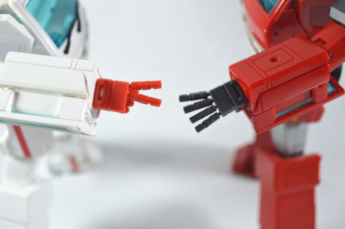KFC Keiths Fantasy Club KP12R POSABLE HANDS FOR MP30 Ratchet In stock