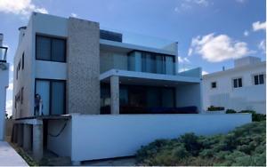 Casa en Venta Frente al Mar en Chicxulub