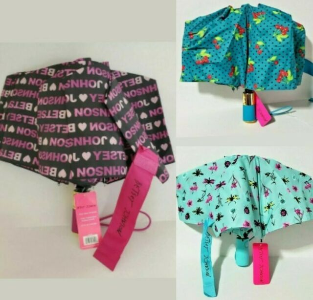 NWT Betsey Johnson PiNK FLAMINGO Hearts UMBRELLA☂️Compact AUTO Open WIND Proof