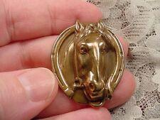 (B-HORSE-51) Horse head shoe wreath race horses winner pin pendant brass races