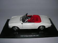 Atlas Fabbri Fiat 124 Sport Spider 1400 Baujahr Modell 1967 weiß white, 1:24