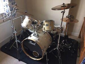 pearl export exr strata white drum kit zildjian zbt cymbal set w bags bundle ebay. Black Bedroom Furniture Sets. Home Design Ideas