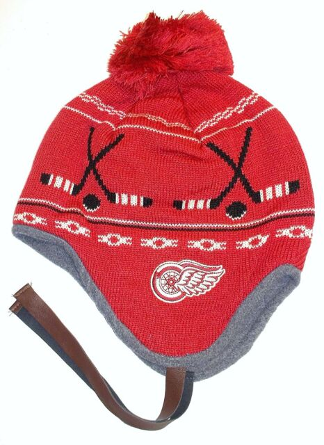 3051342ce63 Detroit Red Wings Ccm Knit Beanie Tuque Hat NHL Vintage Team Classic Ice  Hockey