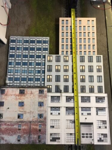 "O Scale Scratch Built Up ""10 City Building Flats 3D Collage"" Backdrop MTH"