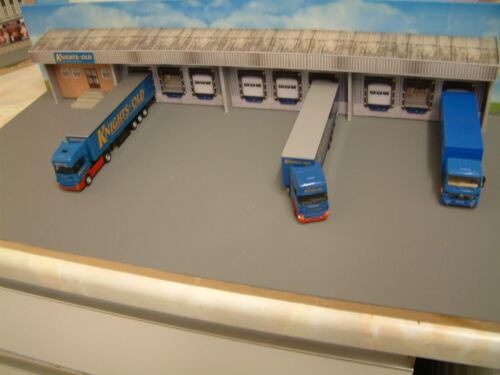 1//76 Scale Lorry Distribution Centre Card Kit,Self Assembly,Choice of Company