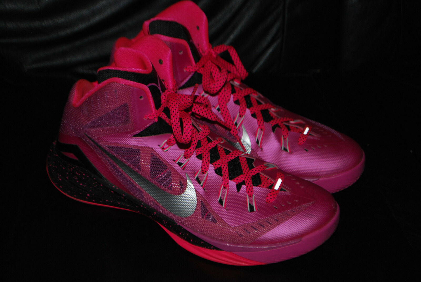 promo code 05a70 4f664 Men s Nike Hyperdunk 2014 Think Think Think Pink Breast Cancer Sneakers  (11) 653640-