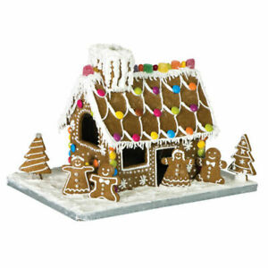 Avanti 10 Piece Gingerbread House including Board