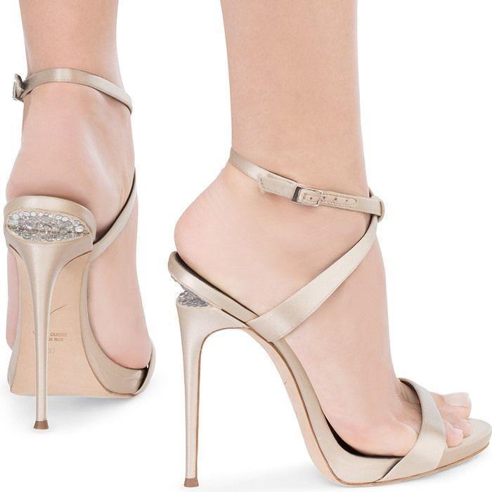 Giuseppe Zanotti Dionne Sandal Champagne Satin Crystal Sculpted Heel 40 Auth 895