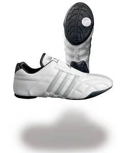Adidas-Adilux-Taekwondo-Kampfsport-Schuhe-Gr-36-48-Karate-Kickboxen-TKD