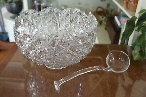 Smith-Glass-Daisy-and-Button-Clear-Punch-Bowl-and-Ladle-Set