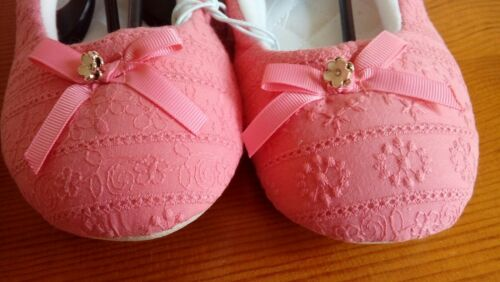 Broderie anglaise coral ballet slippers size 5 brand new
