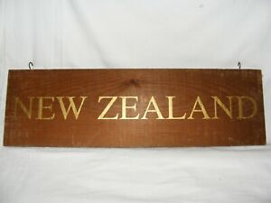 VINTAGE-WOODEN-WINE-COUNTRY-REGION-NEW-ZEALAND-SIGN-DISPLAY-BAR-RESTAURANT