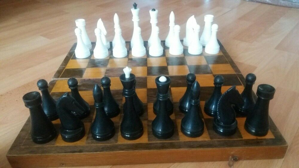 VINTAGE old SOVIET UNION USSR RUSSIAN plastic Chess set  Wooden board 40 x 40