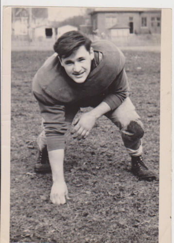 #MISC0142 1948 NORTH DIVISION SCHOOL FOOTBALL PLAYER 5x7 PHOTO MILWAUKEE
