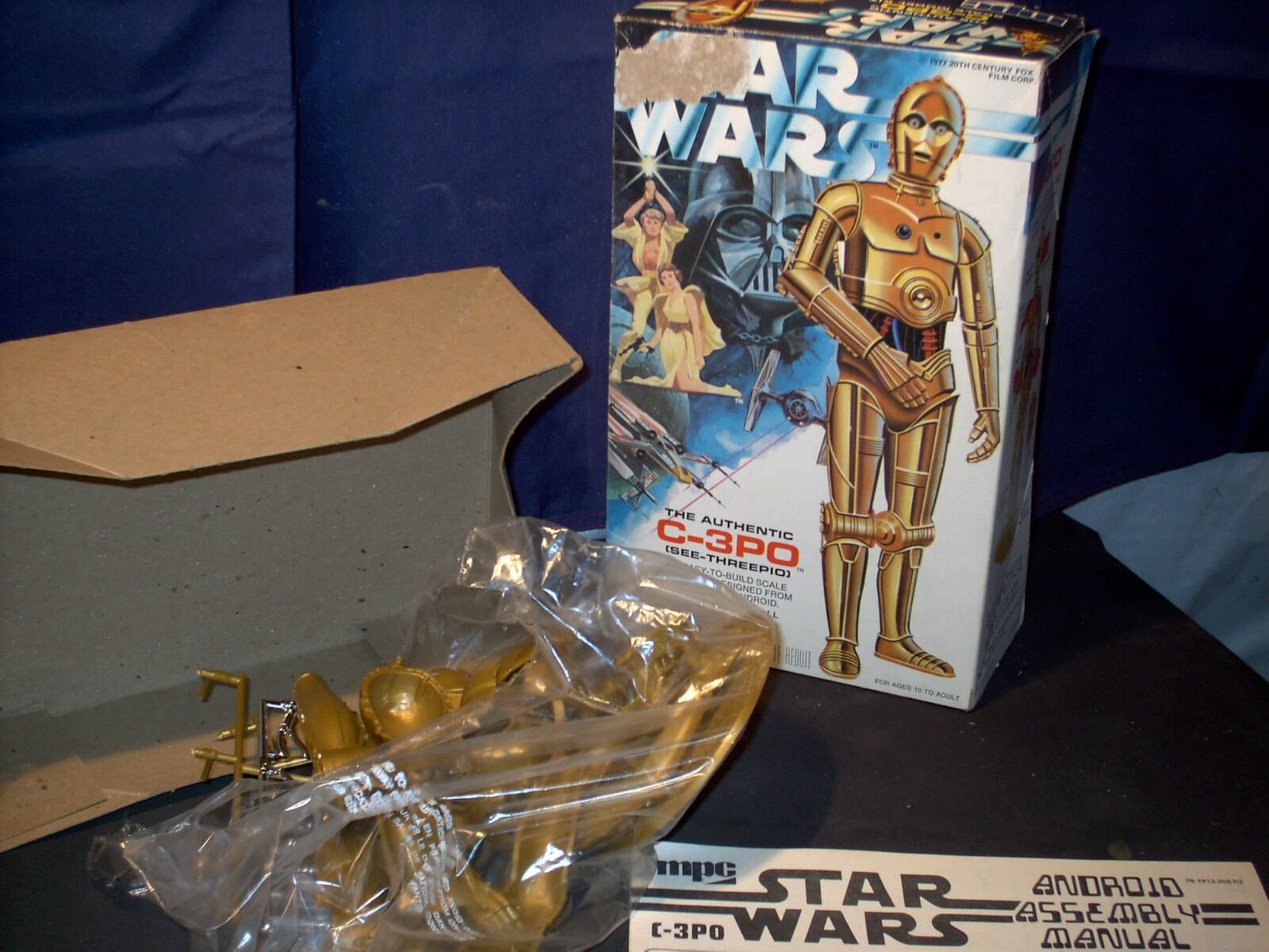 Model Kit  Star Wars C-3PO