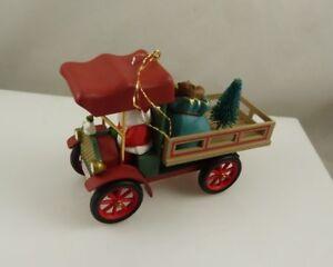 Hallmark-Happy-Haul-idays-1993-Santa-Christmas-ornament-xmas