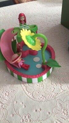 Audace Strawberry Shortcake Spruzzi Petalo Piscina Con Bambola Giocattolo Da Bagno-mostra Il Titolo Originale