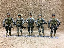 1/18 Bravo Team By UNIMAX. US ARMY Modern. Team Of 5. Great Condition !