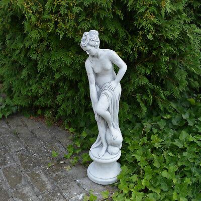 Sculpture en Pierre Statue Venus Dans Bain Sur Podium Fonte Résistant au Gel