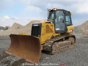 2010-Caterpillar-D4K-XL-Crawler-Dozer-Tractor-A-C-Cab-6-Way-bidadoo