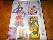 McCalls CRAFTS Pattern M6623 ~ Halloween Apron~Table Runner~Gloves~Hat~Decor~Etc