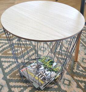 xl design tisch beistelltisch drahtkorb korb metall grau mit holzplatte ebay. Black Bedroom Furniture Sets. Home Design Ideas