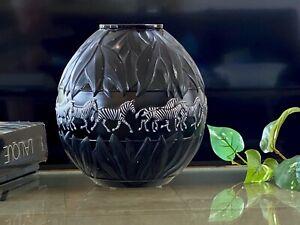 Lalique-Tanzania-Vase-with-Black-amp-White-Enameled-Zebra-Decoration-Signed-MINT