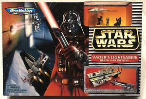 VADER-039-S-LIGHTSABER-DEATH-STAR-TRENCH-NIB-STAR-WARS-1996-GALOOB-MICRO-MACHINES