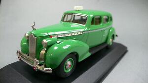 PACKARD-SUPER-8-1940-CHECKER-CAB-CO-TAXI-REXTOYS