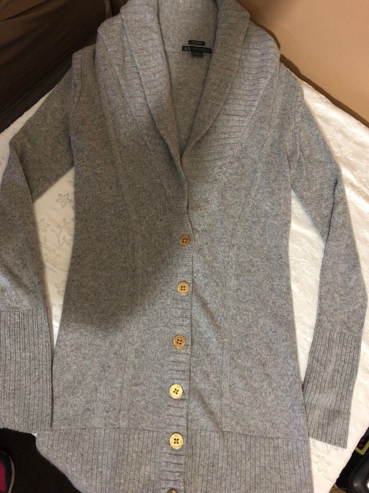 Women Sweater. Armani Exchange Brand.size Medium. Grey color. Coat Style.used.