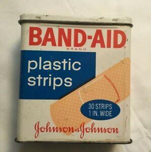 *Vintage Advertising Tin JOHNSON & JOHNSON BAND AID Tin plastic strip EMPTY TIN