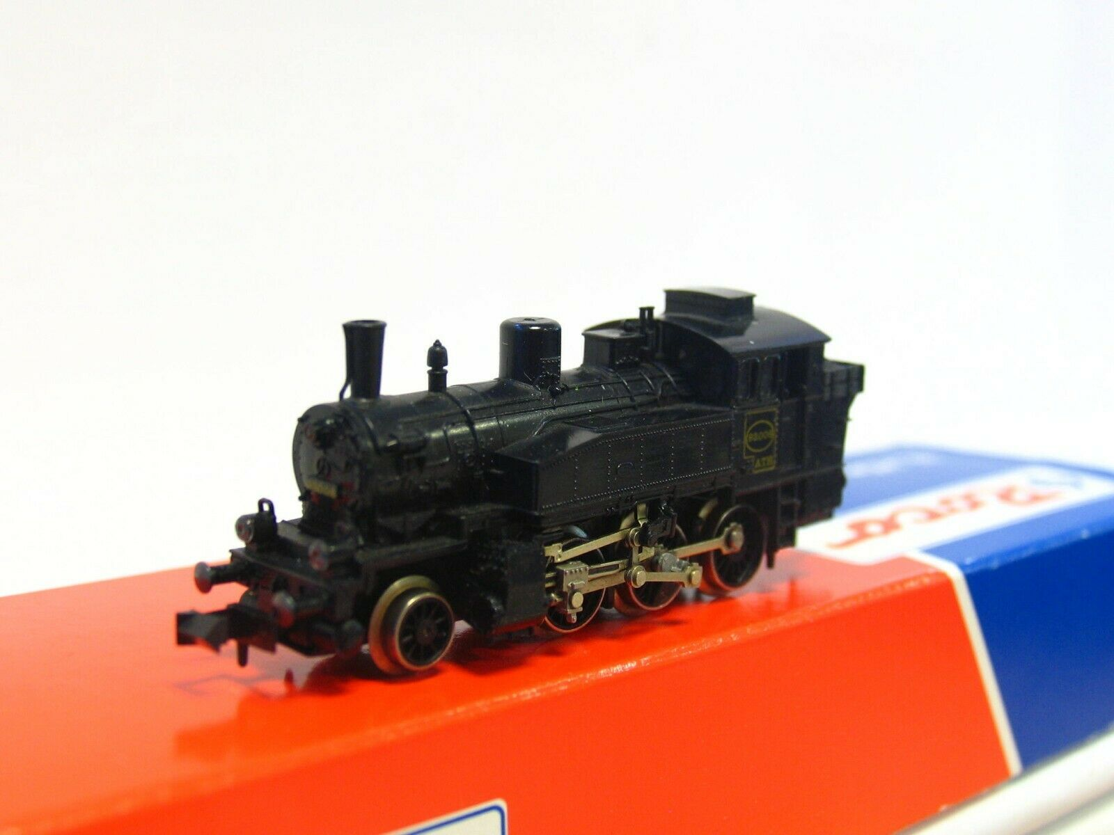 Fleischmann N 7031 Tank Locomotive 93008 ATH VP (RB6742)