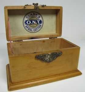 Antiques Antique Clark's Ont Spool Cotton Wood Advertising Box Bevel Bottom Edge Hinged Boxes