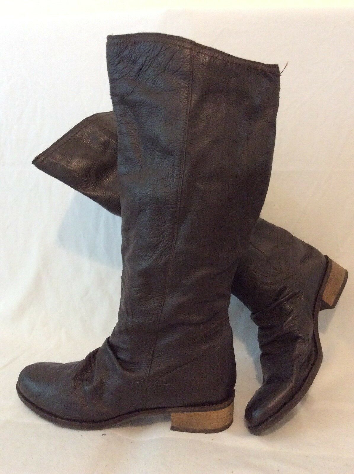 Tu Brown Knee High Leather Boots Size 8