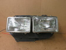 VOLVO 240 81-85 VOLVO 260 78-82 HEADLIGHT DUAL SQUARE BUCKET + RINGS PASSENGER