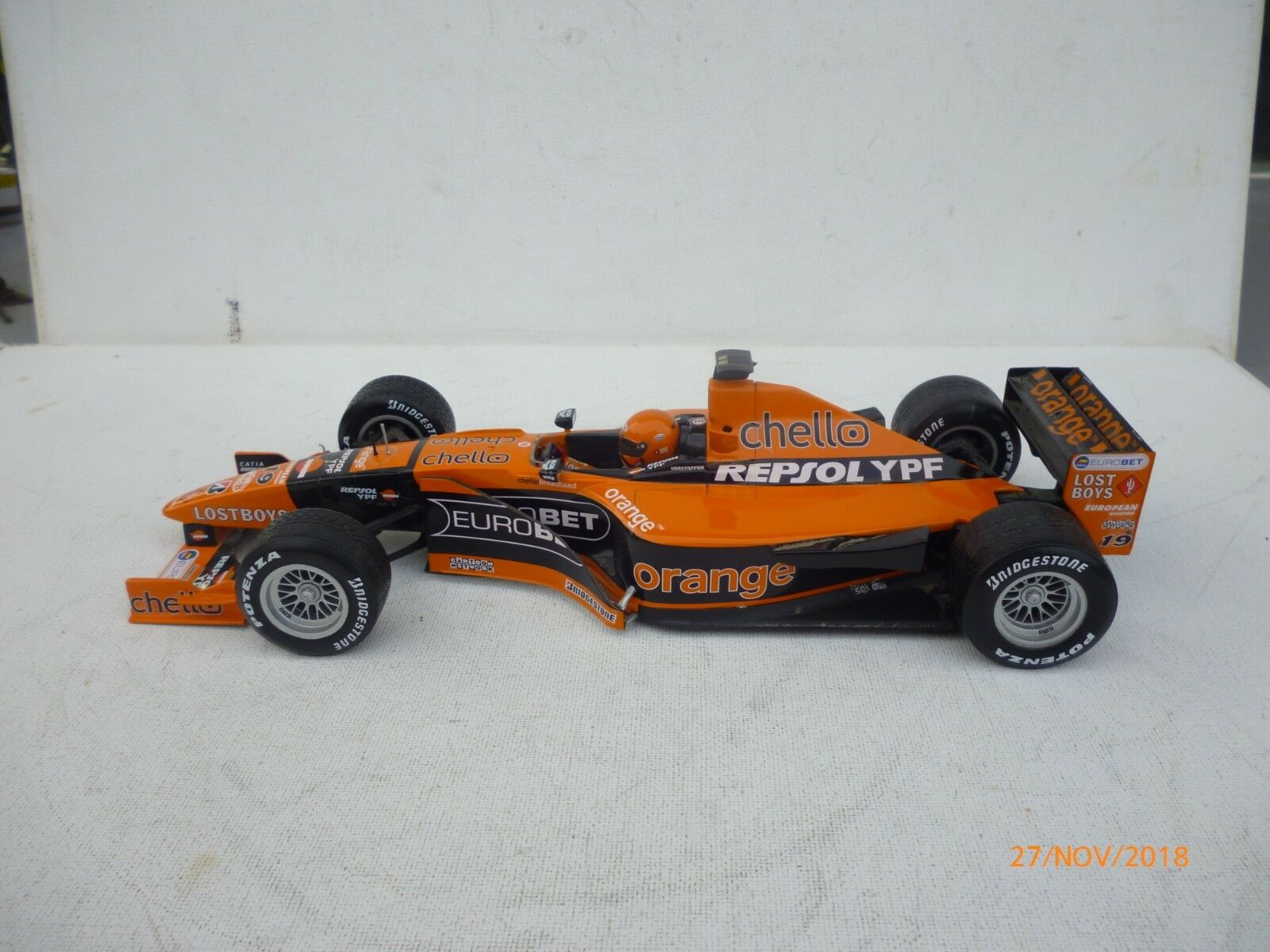Minichamps 1 18 Arrows A21 Verstappen mit orange HELMET  Kanada  EXELLENT NO BOX