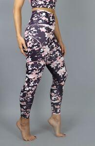 Acai-sports-crop-pants-and-top