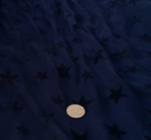 """par mètre Polyester Georgette 100/% /""""Midnight Stars/' Robe Tissu"""