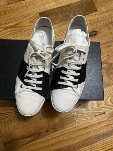 100% Authentic Chanel Sneakers 39.5