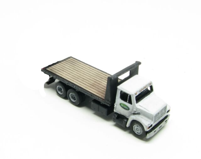 "N Scale ""I"" Class 16 Ft. Deck Freight Delivery Truck Kit (130)"