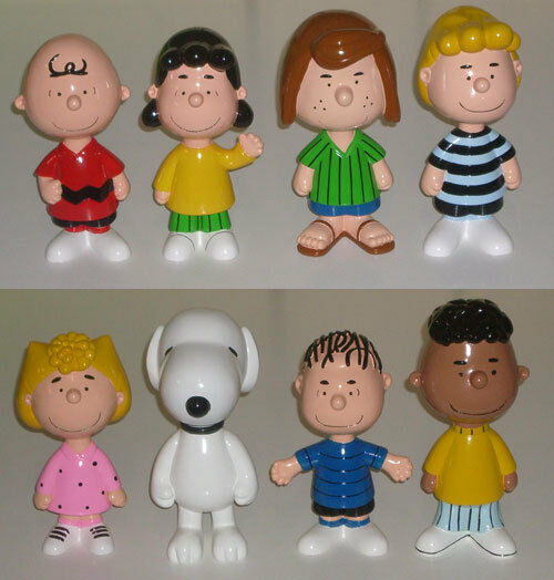 Snoopy - Peanuts Gang Set of Eight 20cm Statues